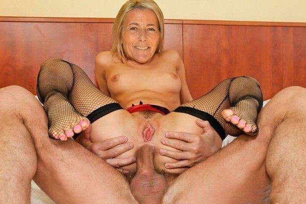 Claire chazal fakes